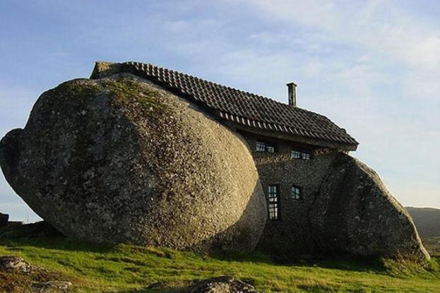 世界十大奇特建筑 颠覆你想象力的奇葩造型