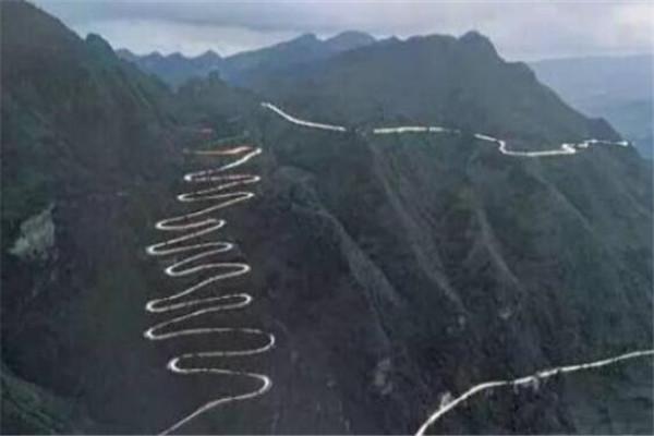 世界十大诡异公路 郭亮隧道上榜,第七被称为幽灵之路