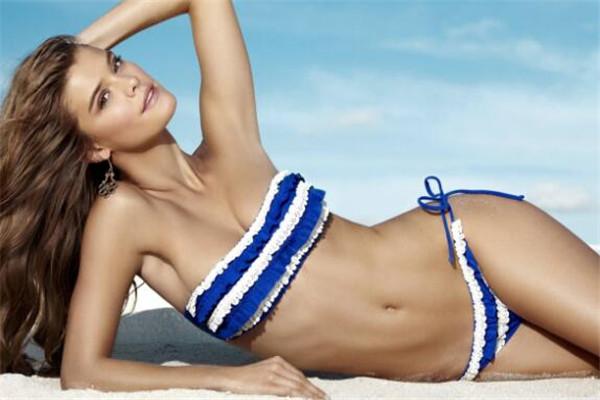世界十大最美的模特 妮娜阿格戴尔笑容超甜美,哪位是你的女神