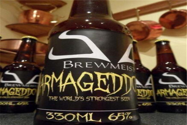 十大世界最烈的啤酒 酒精度数67%的啤酒你敢尝吗