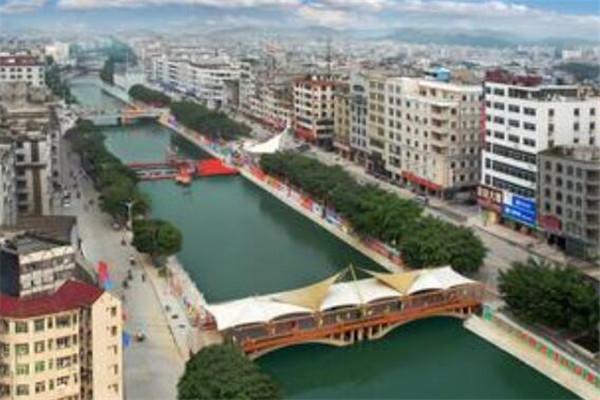 广西十大县城 融安县有小柳州之称,第三是全国粮食先进生产县