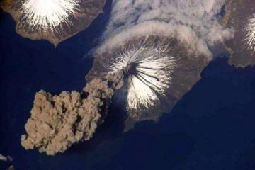 世界十大著名火山 第一最活跃,多次爆发式喷发