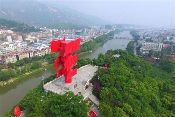 河南省十大美丽县城 新县是中原南门,南召县为生态旅游县