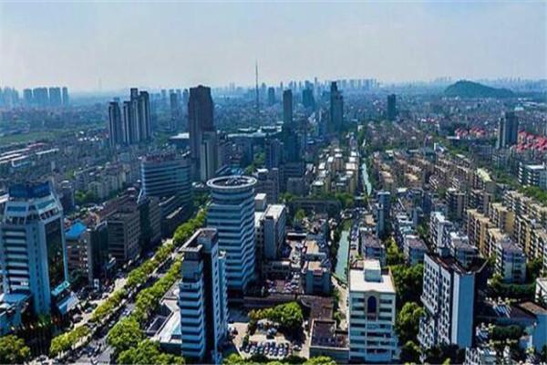 江苏十大富裕县城 如皋是国际长寿之乡,宜兴紫砂壶闻名各地