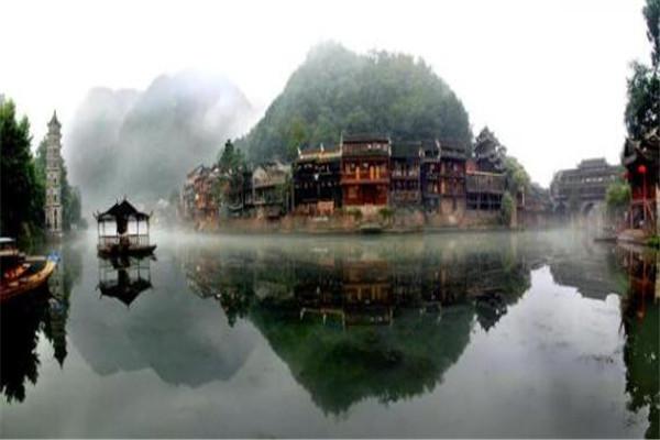 十大美丽县城 阳朔县山水景观绝了,第八个你或许去过