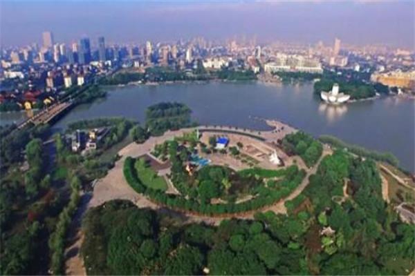 中国十大旅游县城排名 婺源县为生态旅游名县,你去过哪几个了