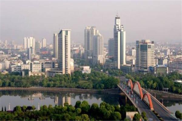 浙江省十大人口大县 慈溪市地理位置极好,榜首人口达141万