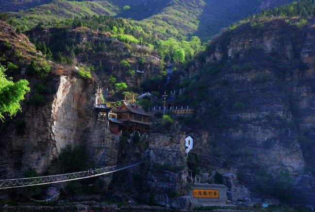 儿童旅游景点排行 三亚最受欢迎,重庆黑山谷上榜