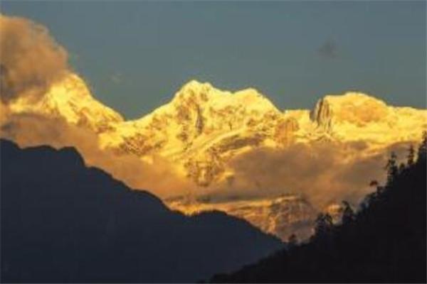 世界最高十大峰排名 珠穆朗玛峰第一,你认识哪几座呢