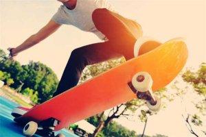 十种不适合学滑板的人 怕摔怕疼是大忌,你敢学吗