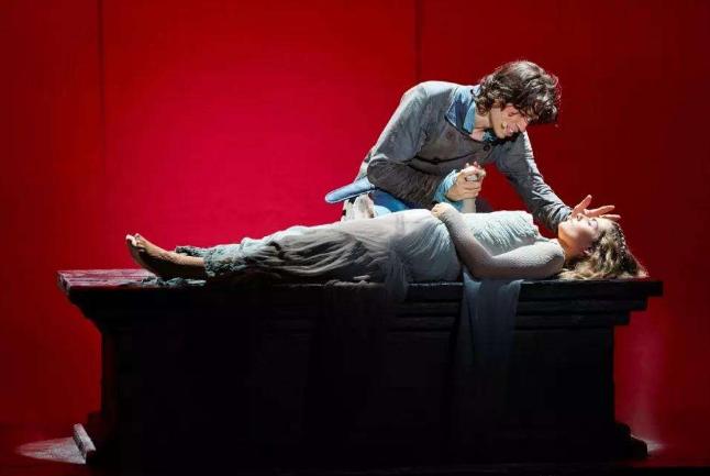 法国四大传奇歌剧 巴黎圣母院上榜,十诫最具代表性
