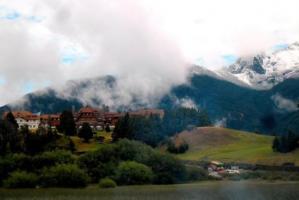世界十大山脉排行榜:天山山脉上榜,第三景色分外迷人