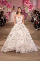 十大經典婚紗元素排行榜:第二最經典,一字肩最女神范