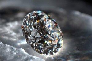 国际公认的六大宝石 欧泊是国际排名第六的宝石