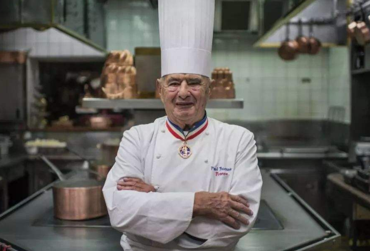 全球十大大廚 第三名被稱作戈登·拉姆齊,第一名為盧布松