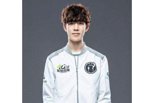 全球十大上單排行榜 韓國選手霸榜,Theshy位列第一名