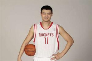 NBA十大中国球员 姚明当之无愧登顶 易建联效力多只球队