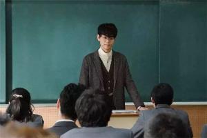 女生有前景的韩国三级片大全在线观看职业:公关被现代社会重视,第二是铁饭碗