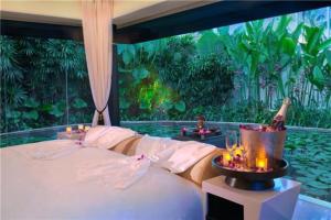 全球十大最美树屋 中国重庆七彩树屋建筑别致 巴厘岛树屋上榜
