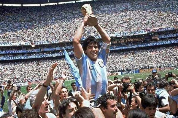 足球世界杯五大传奇前锋