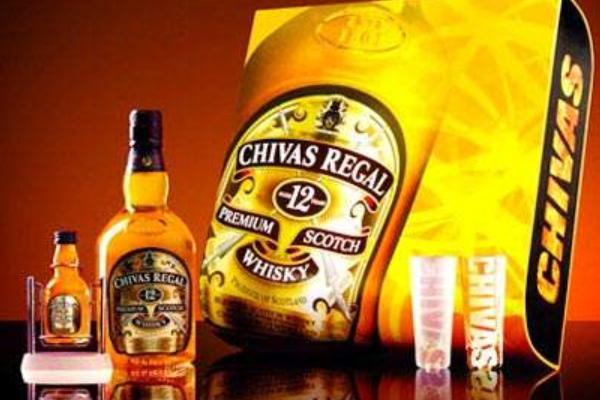 世界十大威士忌品牌  芝华士最知名,日本三得利上榜