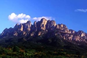 江西十大最受欢迎景点 庐山和景德镇最出名,五大名山上榜