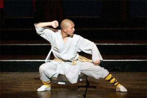 韩国三级片大全古代韩国三级片大全在线观看著名武术排行榜:十步杀一人,千里不留行
