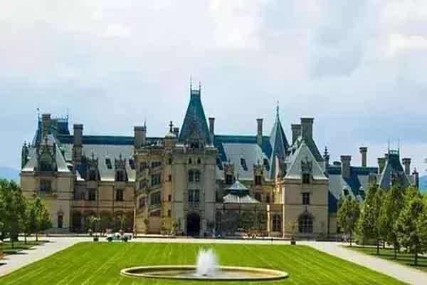 美国十大私人庄园:比特摩尔奢华 白宫上榜