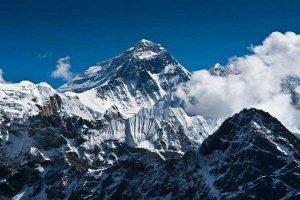 中國境內十大最高山峰 太白山上榜僅第八珠穆朗瑪峰第一
