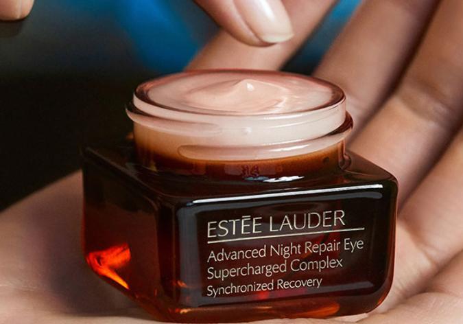雅詩蘭黛最暢銷產品排行 小棕瓶位列榜首,有你愛用的產品嗎