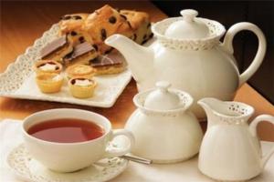 英国旅游最值得买的特产:巧克力包装精美,烟斗英伦味十足