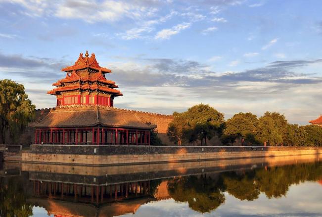 全球六大通用语言排行榜 汉语只能拍第三,第一名为英语