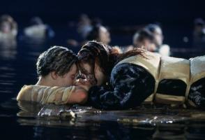 在线中文字幕亚洲日韩票房爱情電影排行榜 迪士尼上榜两部,有你最喜欢的吗