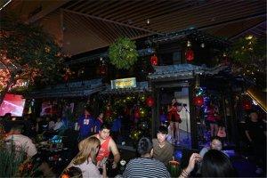 武汉十大热门酒吧排名:A+live上榜,第一火爆全网