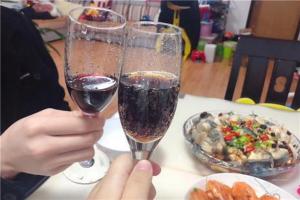 適合吃飯時看的韓國綜藝 尹食堂上榜 更美味的干杯第一