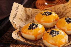 临沂十大甜品店排行榜:广阔月饼店上榜,乾和果子铺第一
