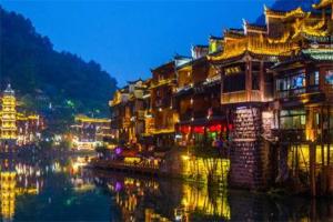 湖南十大古镇排行榜:边城镇上榜,第二有着4200年历史