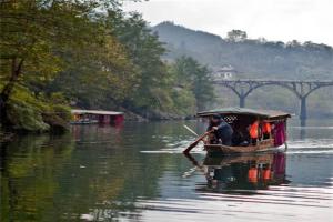 湖南最美自驾游路线排行榜:放飞自己,找寻快乐的真谛
