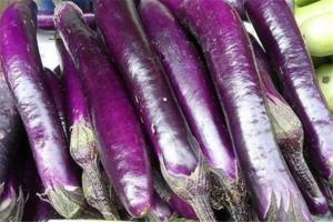 高血压最怕的6种蔬菜:茼蒿上榜,它的里面富含钾