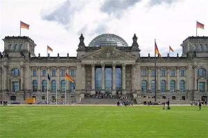 世界100强大学排行榜前十:牛津大学上榜,第六来自瑞士