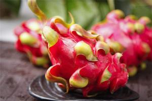 十大清肠排便水果:菠萝上榜,第二一定要吃熟透的
