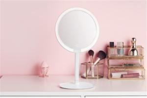 十大化妆镜品牌排行榜:金达日美上榜,他研发智能化妆镜