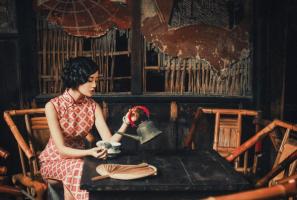 """中国近代十大才女作家排行榜:张爱玲上榜,第六乃文坛""""常青树"""""""
