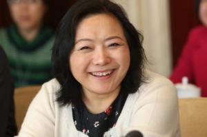 """2021年中国女首富十大排名:杨惠妍上榜,第八最""""大""""富婆"""