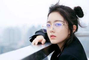 """内地十大00后小花排行榜:李庚希上榜,第六最小""""谋女郎"""""""