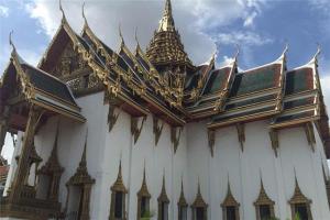 泰国十大著名建筑:清莱白庙上榜,第十建筑像机器人