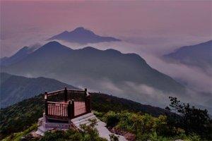 浙江十大高峰排行榜:龙王山上榜,第一是黄茅尖