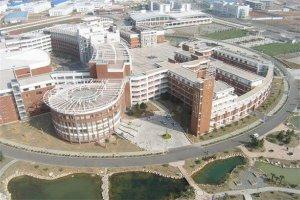 湖北十大名高排行榜:黄冈中学上榜,第三已有119年历史