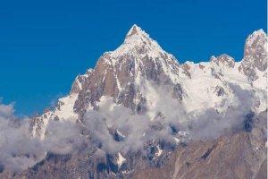 """全球十大死亡山峰排行榜 珠穆朗玛峰上榜,第八被称为""""食人魔"""""""