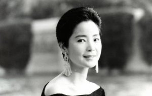鄧麗君十大經典歌曲:《甜蜜蜜》被傳唱,第3首日本銷量200萬